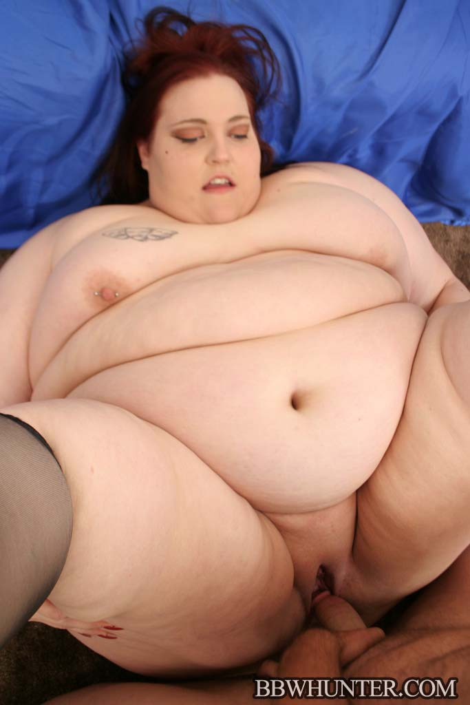 Opaque crotchless plus size pantyhose